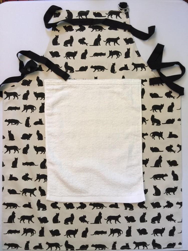 Cat Apron with detachable towel