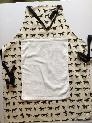 Horse design apron - removable towel